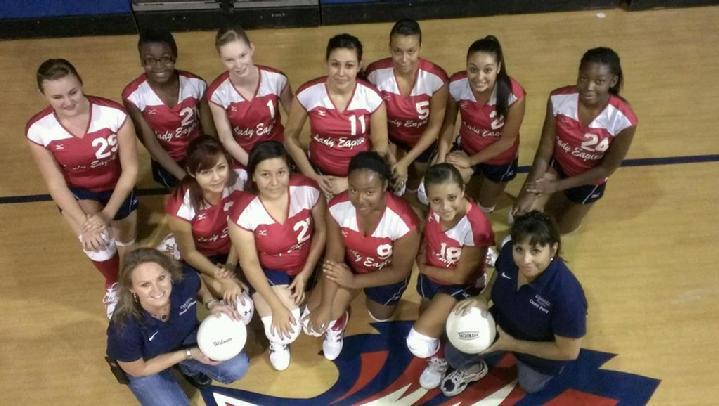 719_Evangel_Volleyball_2013